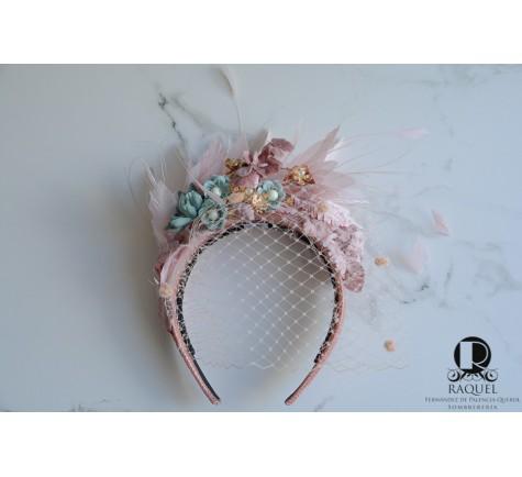 molestarse Sociología Referéndum  Diadema rosa y verde agua de plumas y flores para invitada de boda tocados  alicante